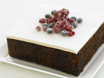 How to bake fruit cake for wedding